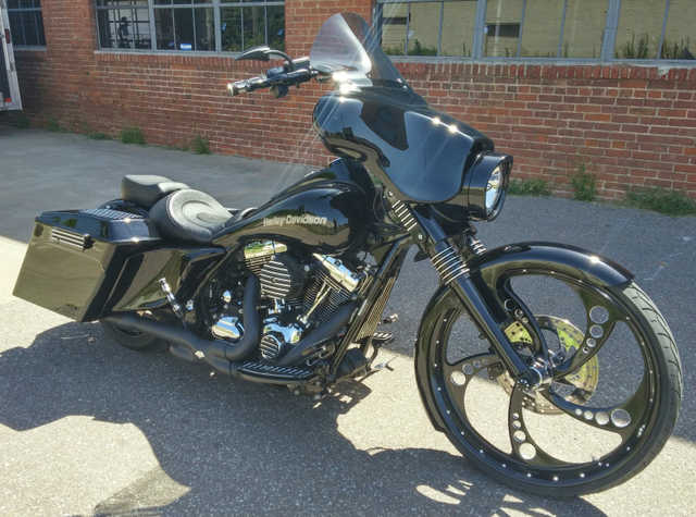 2010 Harley - Davidson Road King Flhr