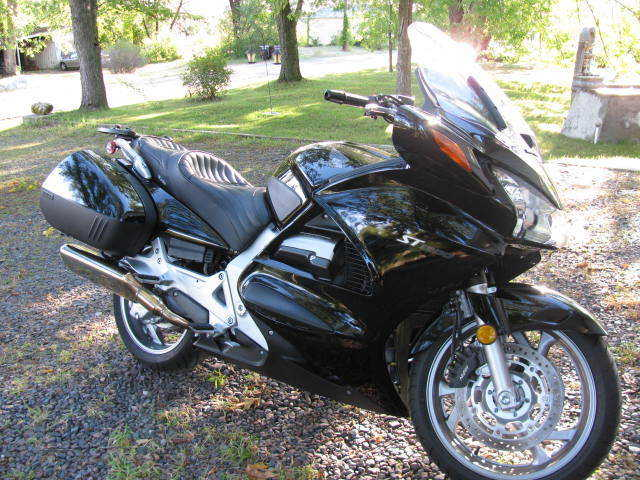 2006 Honda St 1300 Black Sport Touring Motorcycle