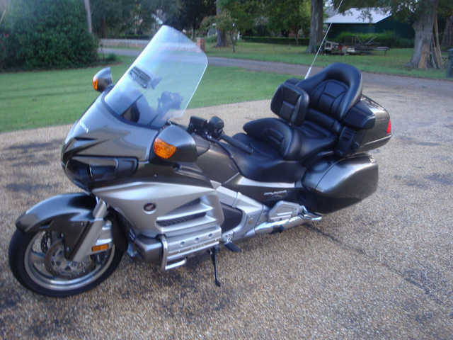 2013 Honda Gl1800 Goldwing^ Audio And Comfort