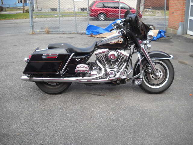 Very Cool 1999 Harley - Davidson Touring Flht