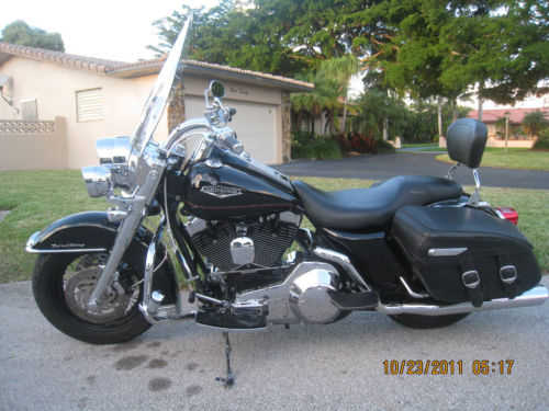 2000 Harley - Davidson Touring Road King Classic Very Well Conditio
