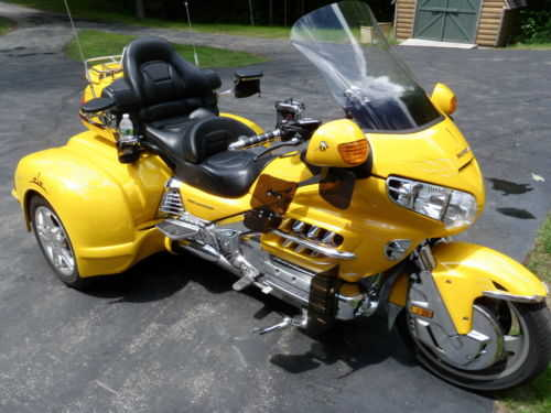 Excelent Conditions 2001 Honda Gold Wing 1800cc