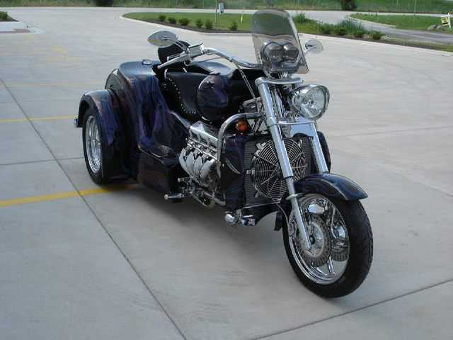 Superb Conditions 2002 Boss Hoss Trike