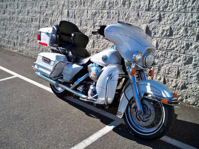 2004 Harley Davidson Electra Glide Utra Classic Absolutely Stunni