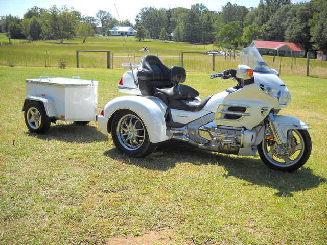 Mint Conditions 2004 Honda Gold Wing