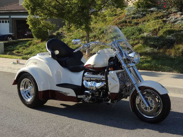 Always Garaged 2006 Boss Hoss Trike