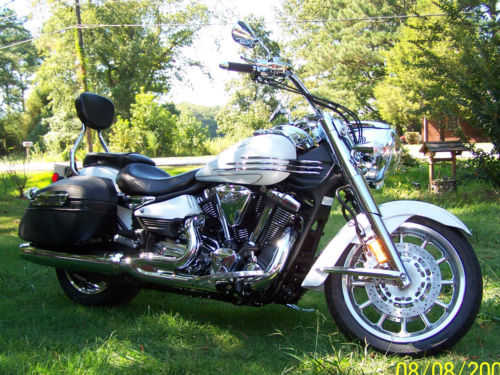 Superb Conditions 2008 Yamaha Stratoliner Superb Conditions