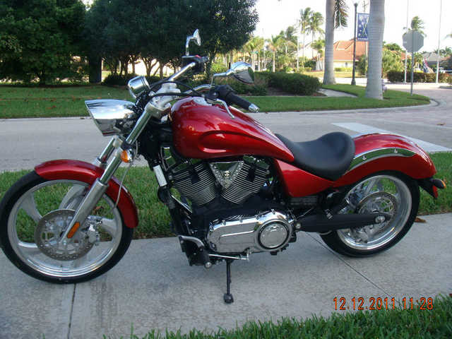 Great Riding Condition 2009 Victory Vegas Low Great