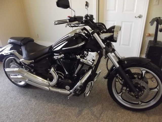 Great Shape 2009 Yamaha Raider Great Shape