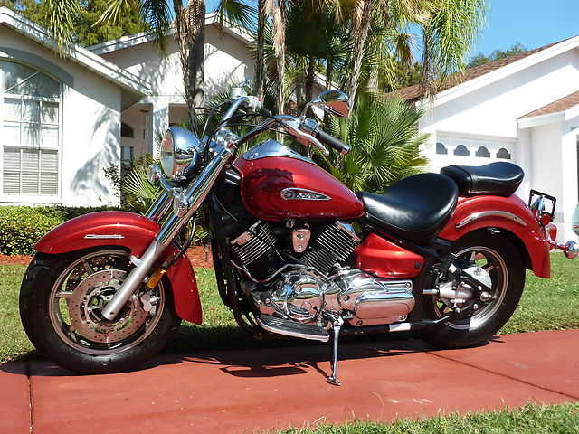 Extremely Clean 2009 Yamaha V - Star 1100 Extremely Clean