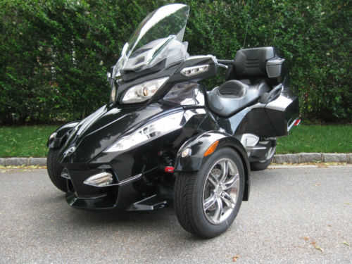Very Very Good Conditions 2010 Can - Am Spyder Rt - S