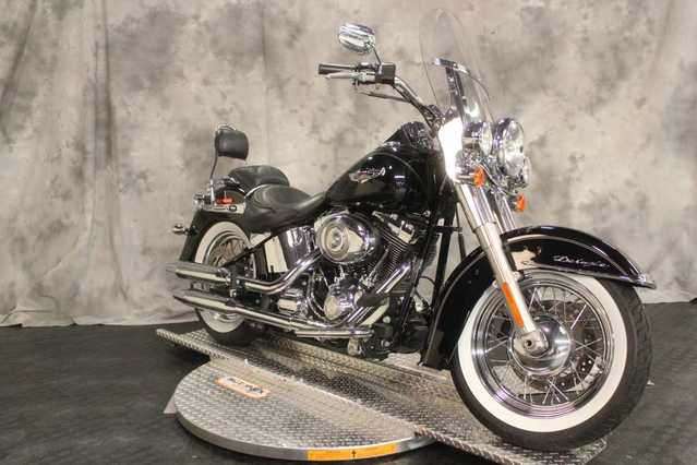Extremely Clean 2011 Harley Davidson Flstn Softail Deluxe
