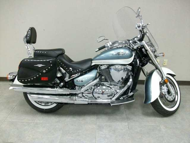 Very Well Conditions 2011 Suzuki Boulevard C50t Touring Vl800t