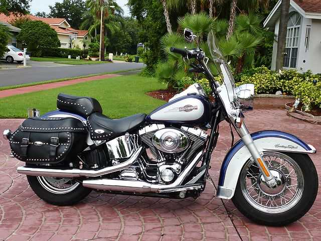 Absolutely Stunning 2006 Harley - Davidson Softail Heritage Classic