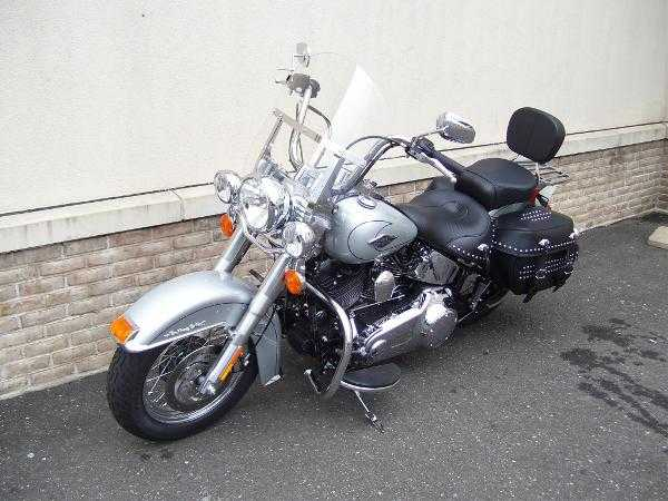 Very Very Good2010 Harley - Davidson Flstc Heritage Softail Classic