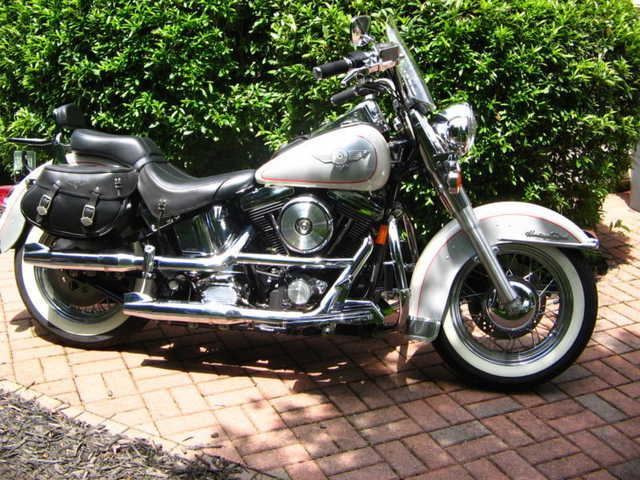 Very Cool 1994 Harley Davidson Softail Heritage Special