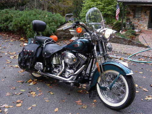Very Cool2000 Harley - Davidson Softail Heritage Springer Very Cool