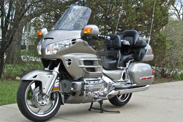 Very Very Good Conditions 2003 Honda Goldwing Gl1800