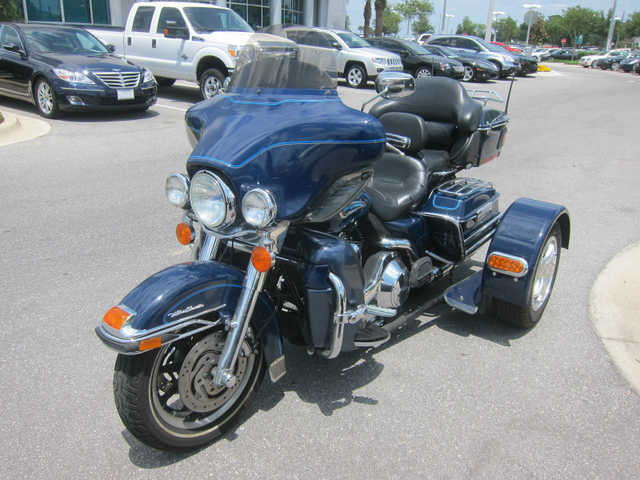 Very Cool2004 Harley Davidson Flhtcui Ultra Classic Electra Glide