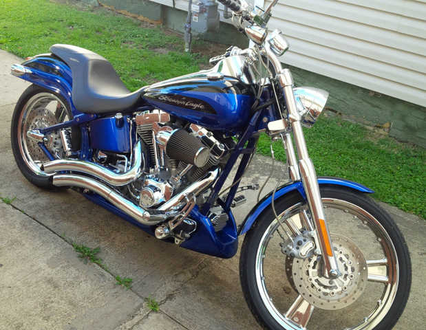 2004 Harley - Davidson Softail Deuce Cvo Mint Conditions