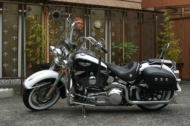 Runs And Drives2005 Harley - Davidson Softail Runs And Drives Great