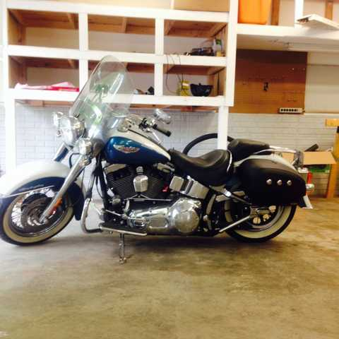Very Cool 2005 Harley - Davidson Softail Delux Very Cool