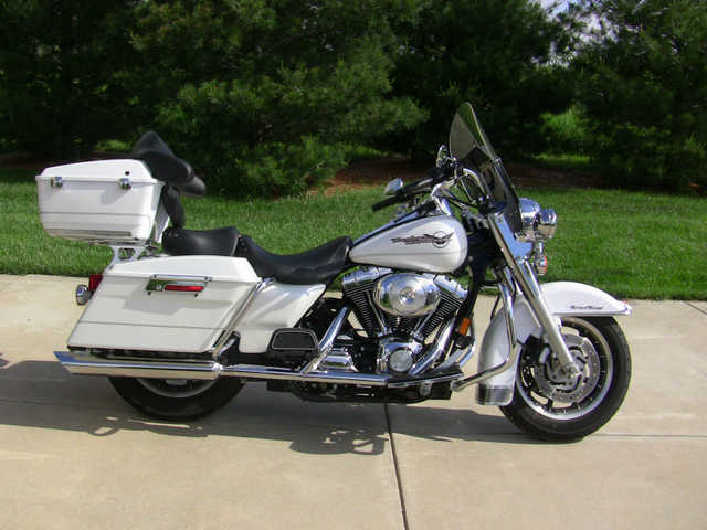 Very Cool 2006 Harley - Davidson Flhr Road King Very Cool