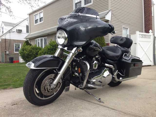Very Well C2006 Harley - Davidson Street Glide Very Well Conditions
