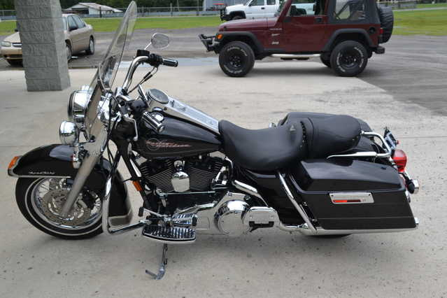 Excelent Condit2007 Harley Davidson Road King Excelent Conditions