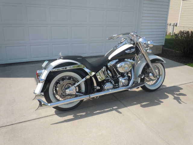 Excellent Pain2007 Harley Davidson Softail Deluxe Excellent Paint
