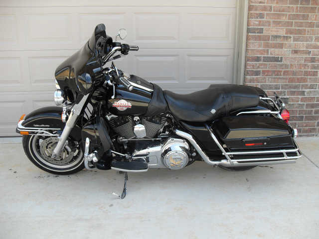 Immaculate Condition 2007 Harley - Davidson Custom Touring Bagger
