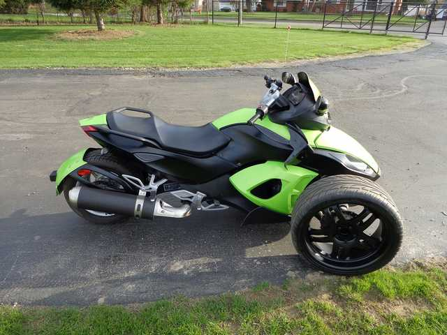 Immaculate Condition 2008 Canam Spyder Custom Lambo