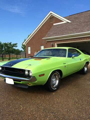 1970 Dodge Challenger 440 With 4 Speed