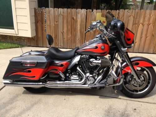 Excelent Conditions 2009 Harley Davidson Street Glide