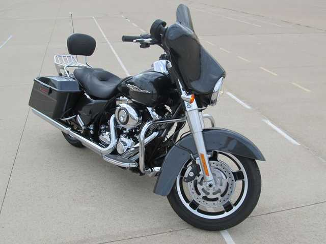 2009 Harley - Davidson Flhx - Street Glide Extremely Clean