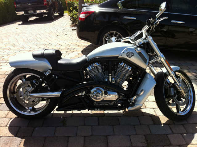 Runs And Drives Great 2009 Harley - Davidson Vrsc Vrod Muscle