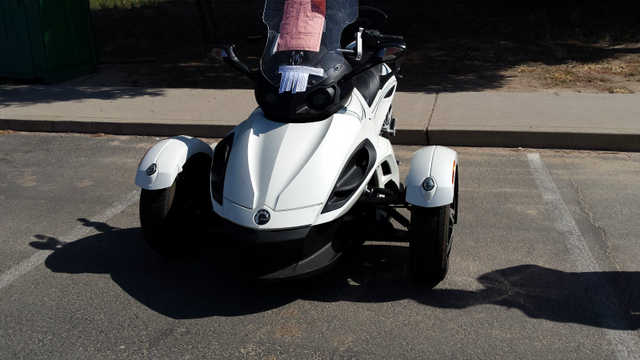 Very Well Conditions 2010 Can Am Spyder Rss Very Well Conditions
