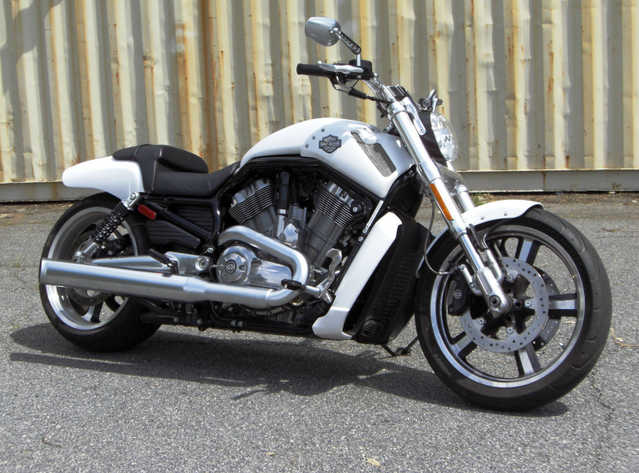 Immaculate Condition 2011 Harley - Davidson Vrscf V - Rod Muscle
