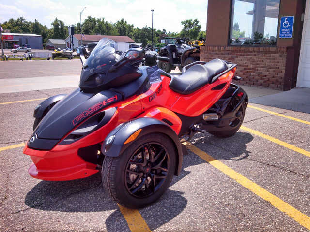 Very Very Good Conditions 2012 Can - Am Spyder Rs - S Se5