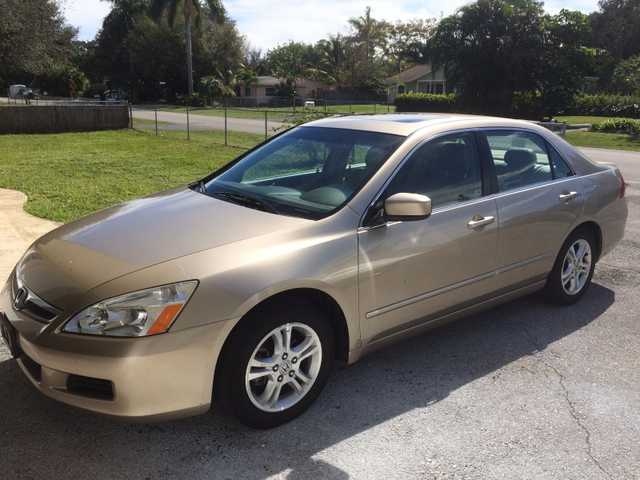 2006 Honda Accord At $2000