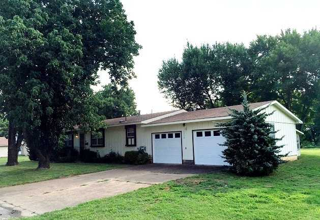 Real Estate & Personal Property Auction, Chanute, Kansas