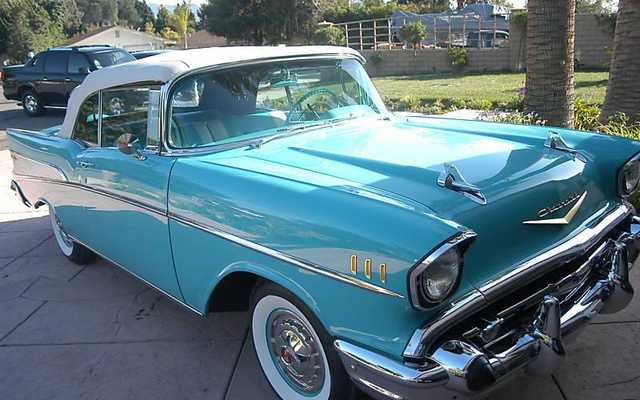1957 Chevrolet Bel Air / 150 / 210