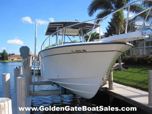 2005 30 Foot Grady White 306 Bimini