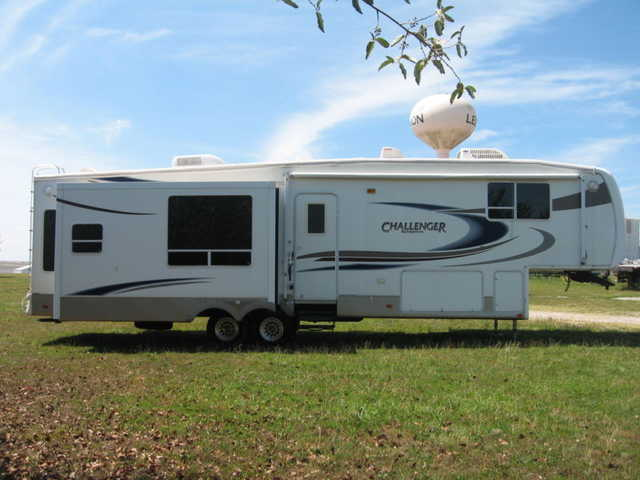 2006 Keystone Challenger Very Very Good Conditions