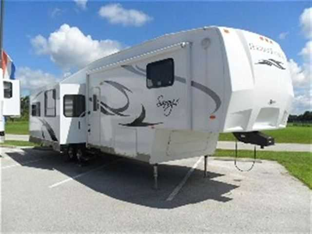 Excelent Conditions 2011 Holiday Rambler Savoy Lx 31bht
