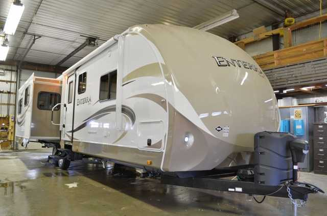 Very Cool 2013 Cruiser Rv Enterra 314 Res Very Cool