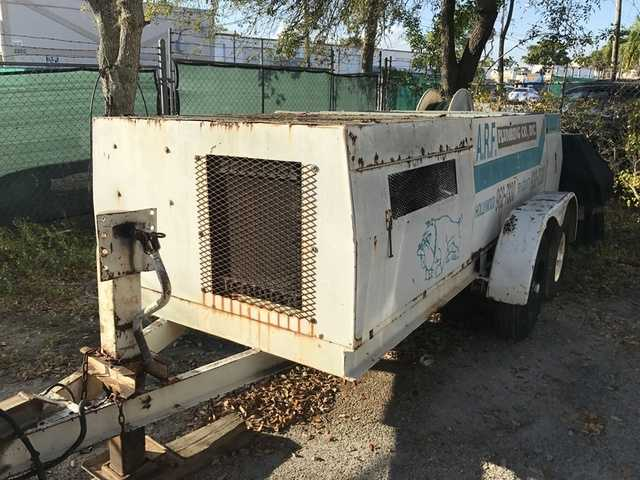 Heavy Equipment / Trucks / Trailers / More Auction