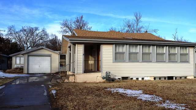 Real Estate & Personal Property Auction, Hutchinson, Kansas