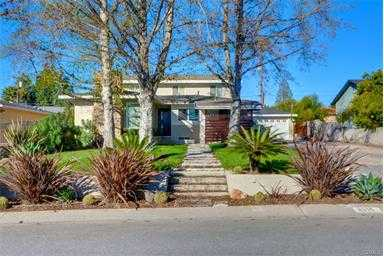 Gorgeous North Upland Home With 5 Bedrooms