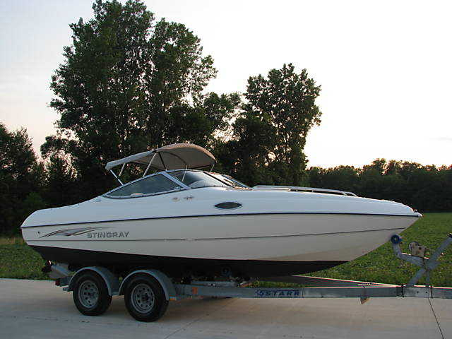 2003 Stingray 200 Cs Volvo 4.3 Liter V6 Clean Boat